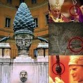 Una piña en el Vaticano