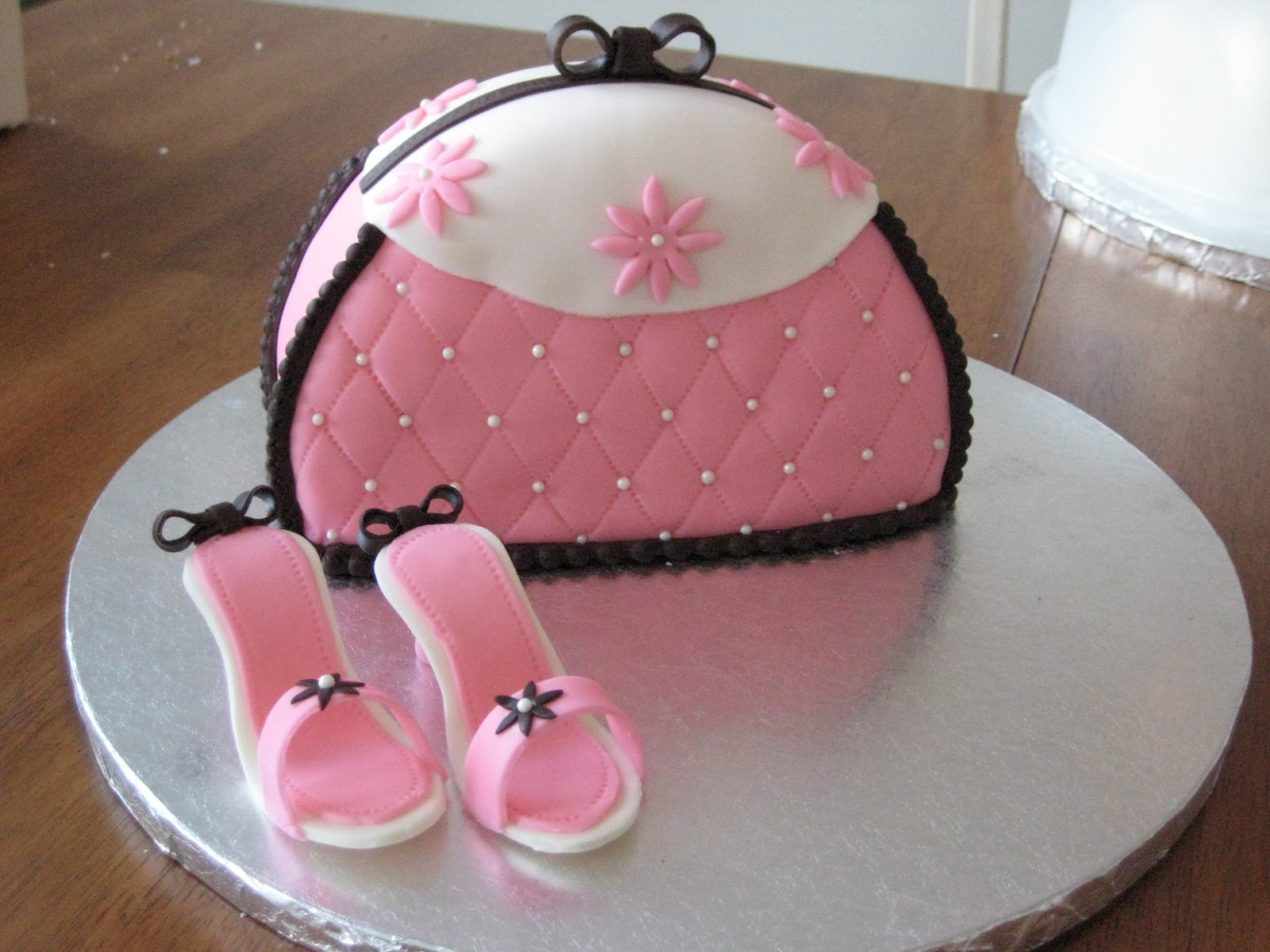 Cake With Fondant Photos : Voluntier Cakes: Fondant Cakes