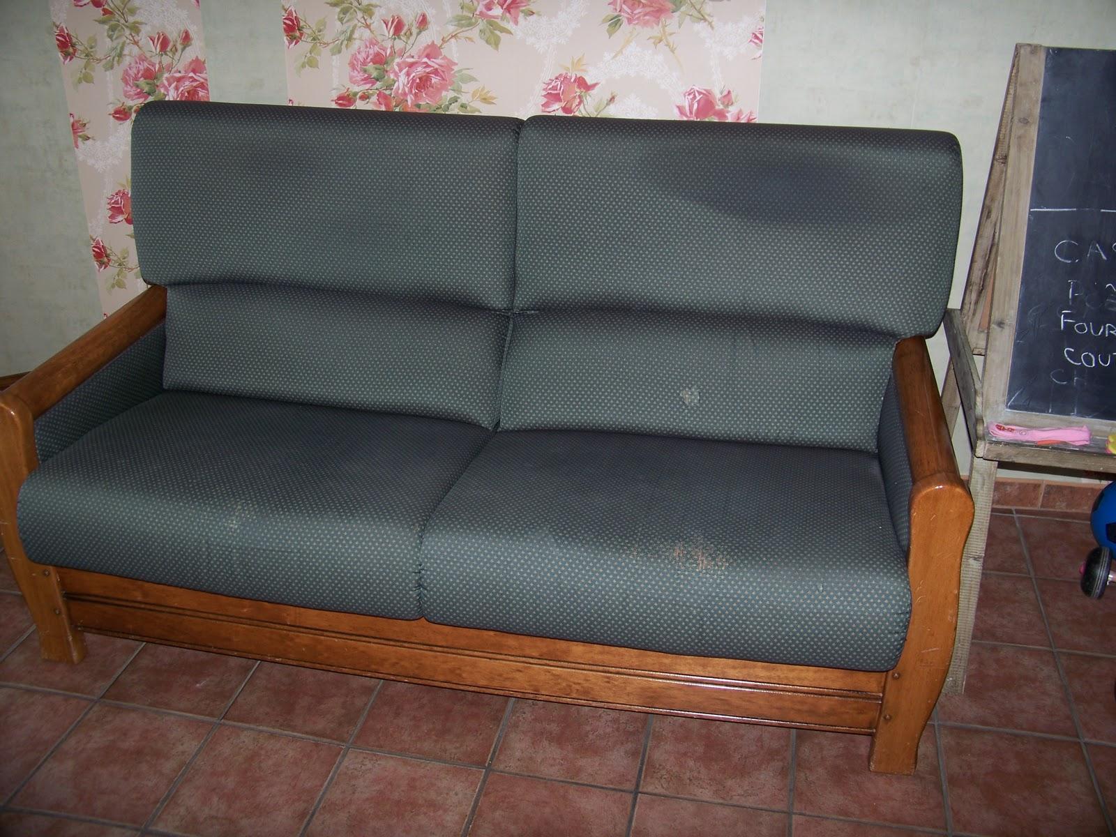 tapissier decorateur housses de canap. Black Bedroom Furniture Sets. Home Design Ideas