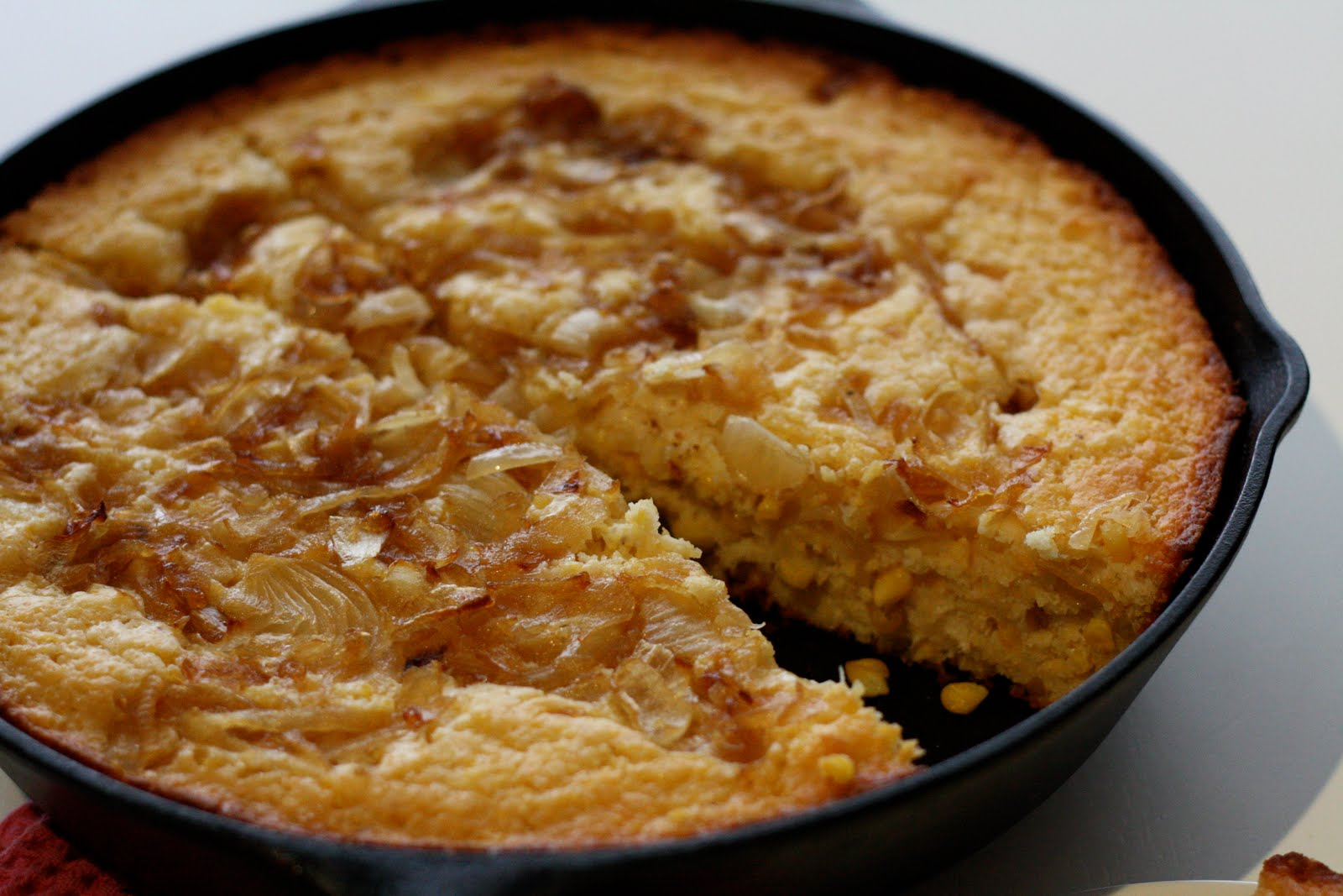 Chi Town Cook: Caramelized Onion and Goat Cheese Cornbread