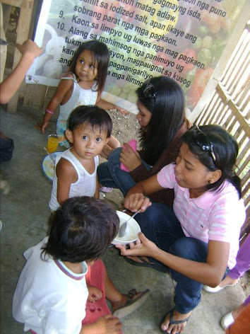 Feeding Program sponsored by YUS Clan and Circle of clans SEP. 26,10