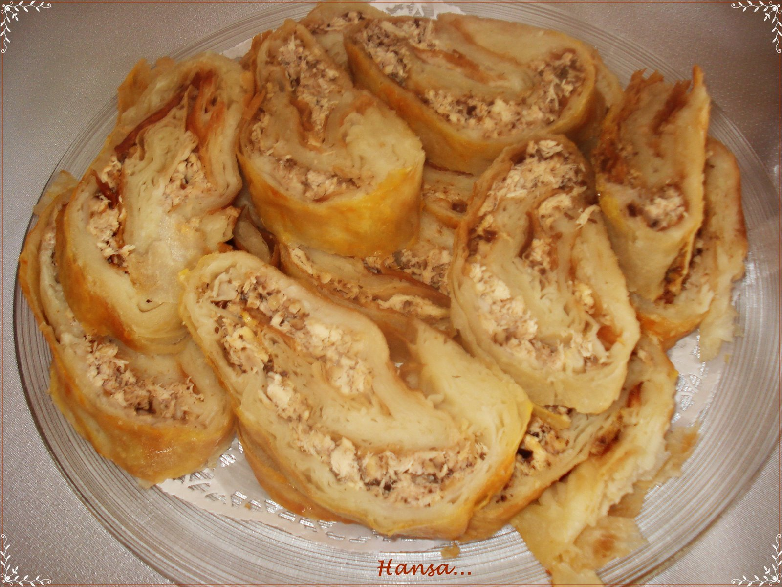 Tavuklu rulo börek tarifi (resimli)