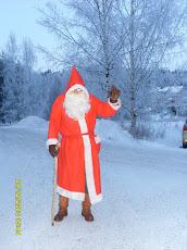 Joulupukki kävi Tampereen Irjalassa luona kilttien lapsien