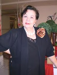 LÚCIA HELENA - A POETISA DAS FLORES