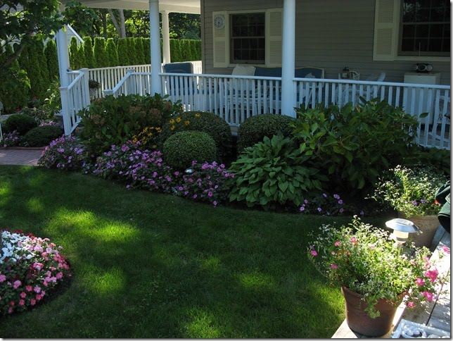 First a dream porch and garden party 5 for Front porch landscaping ideas