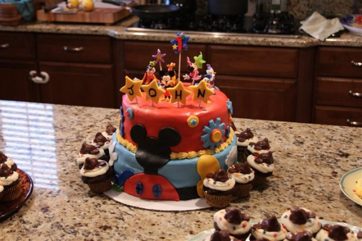 birthday party mickey mouse. son#39;s 1st irthday party,