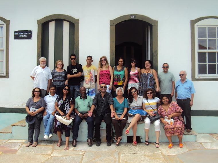 Parte do grupo que viajou a Pirenópolis ao Encontro de Escritores.