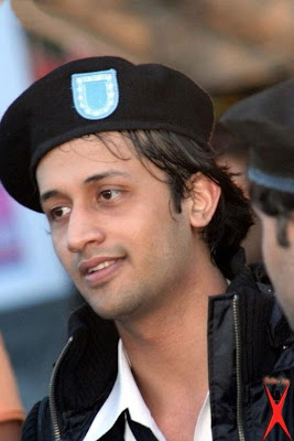 Atif Aslam dead due to throat cancer