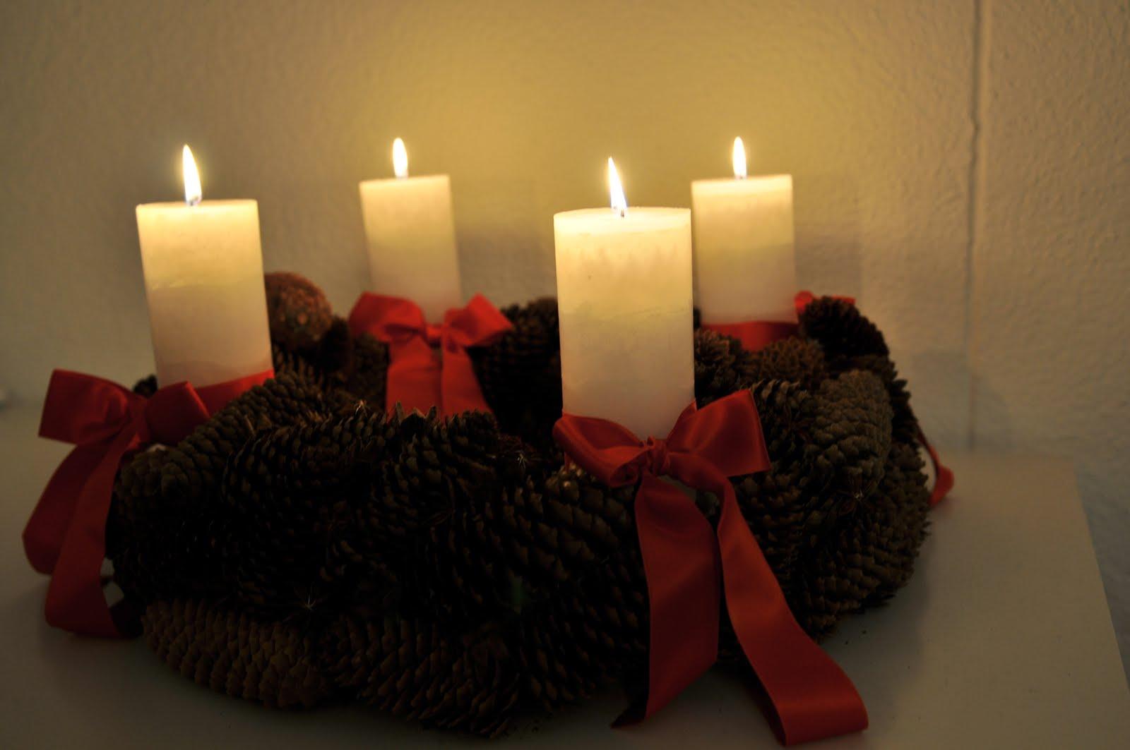 glow in the dark advent advent ein lichtlein brennt. Black Bedroom Furniture Sets. Home Design Ideas