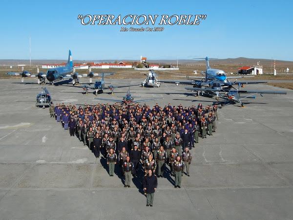 """Aviación Naval: """"Operación Roble"""""""