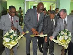 Inauguran área Pediatria Centro Médico Vista del Jardín con la presencia del Pr. Israel Leito