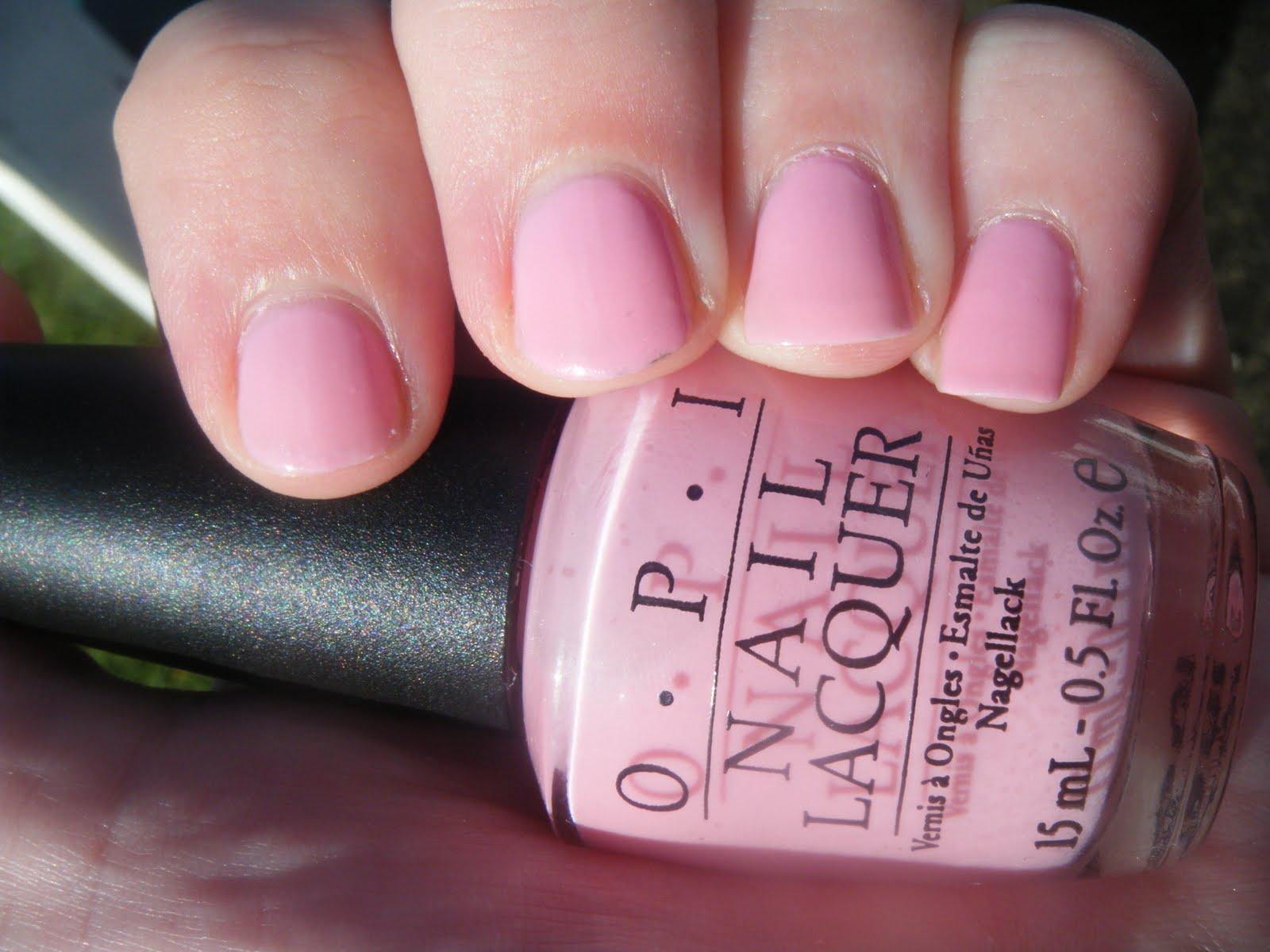 Never Ending Obsession: OPI I Think in Pink