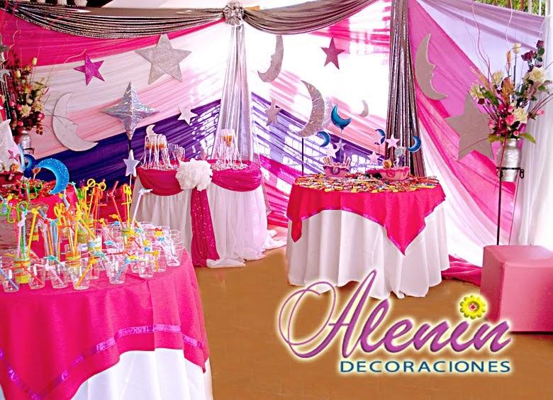 15 a os decoraci n 15 a os lunas estrellas plateadas for Arreglos de salon para xv