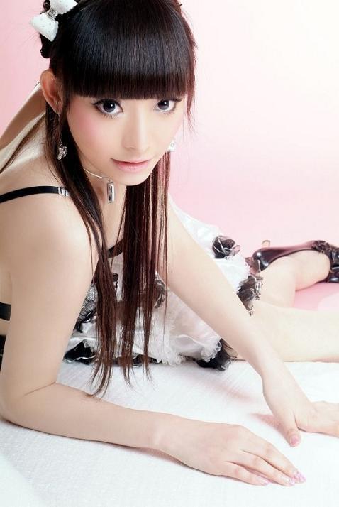 http://1.bp.blogspot.com/_uxK9p1iezm4/TF0p3DCpEsI/AAAAAAAAGCU/F6qZmUWChR0/s1600/Moko-Chu-Chu-7.jpg