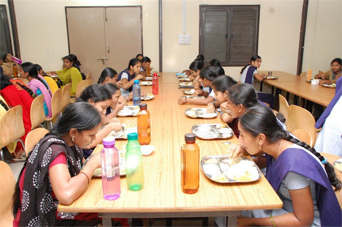 Students taking their dinner