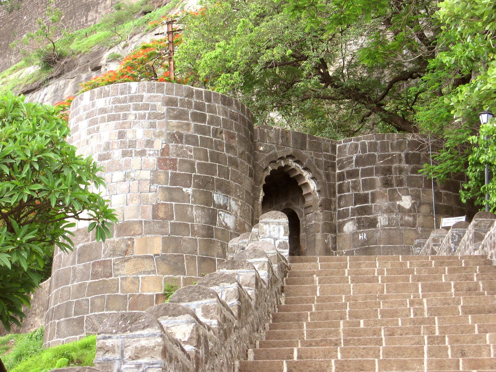 ebharat darshan shivneri fort