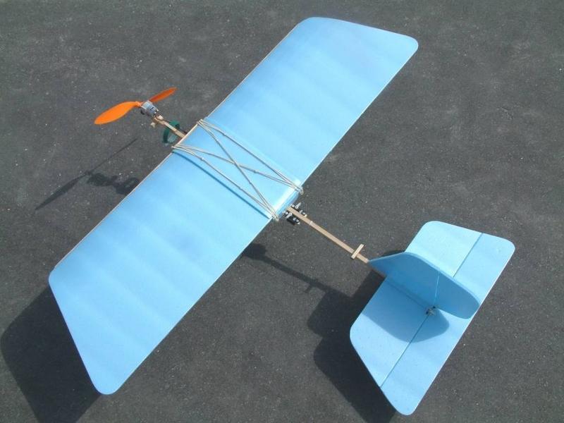 Из чего сделать авиамодель