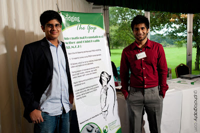 a large number of young Muslim boys and girsl joined the event as volunteers