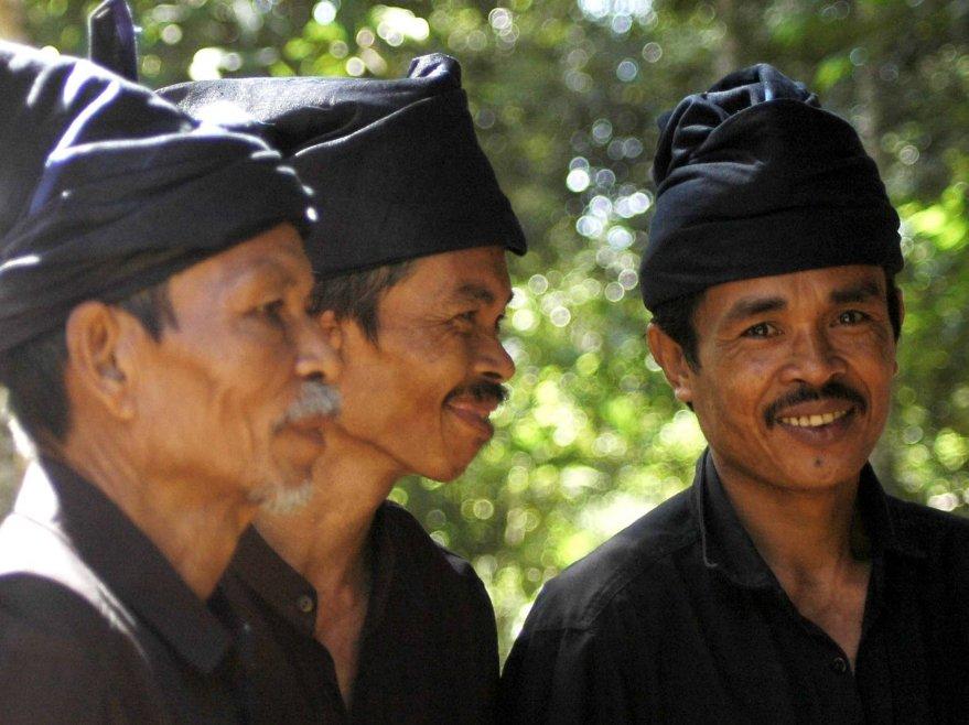 Kemenduaan: Menyoal Pencarian Proyek Budaya Indonesia melalui Agama Adat/Ulayat