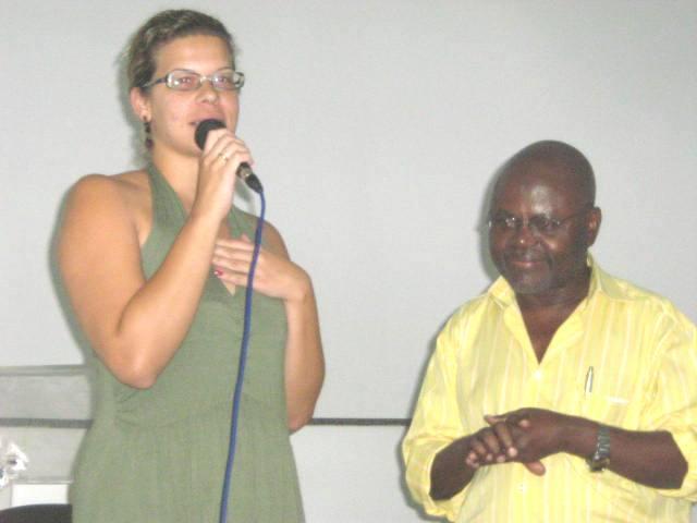 Betsi Coutinho e Prof. Pedro
