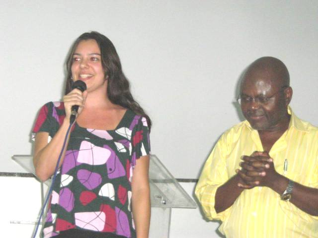 Carolina Iris e Prof. Pedro
