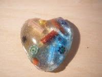 Corazón de murrinas y resina