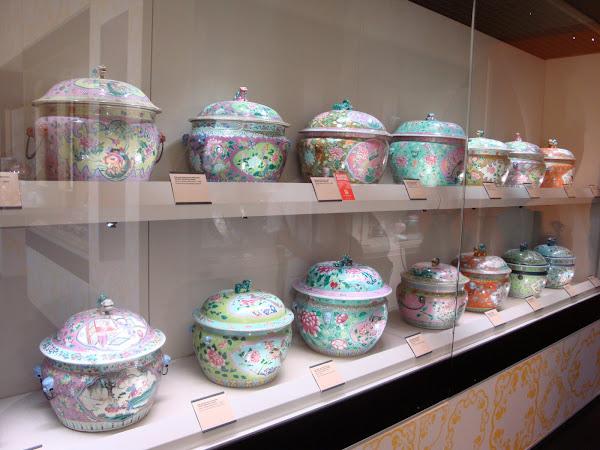 Peranakan Museum Crockery