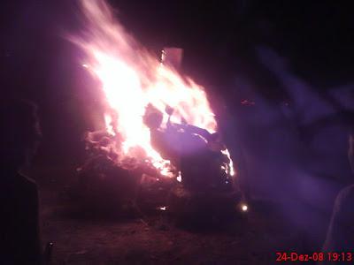 Cepos na fogueira na noite de Natal
