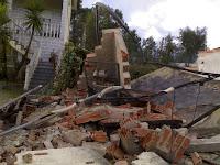 Destroços cabine eléctrica em Pardieiros