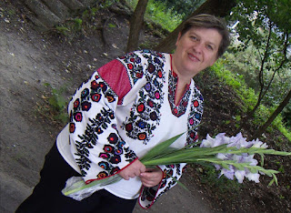 Ukrainian woman is wearing Borshchiv embroidery
