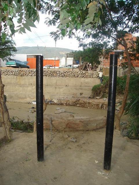 Colombianos deportados cuentan su historia sobre su vida en el barrio La Invasión antes Hugo Rafael Chávez y/o Mi Pequeño Barinas cucutanoticias.com cucutanoticias.blogspot.com