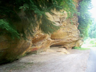 Check out a family day trip to Written Rock and Clear Creek Metro Park at http://www.amamascornerofthworld.com