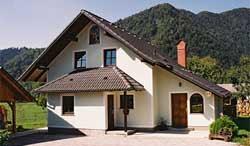 ... Und Der Quadratmeter Preises Der Haus Jelovica Hängt Davon Ab, Wahl Der  Materialien. Das Unternehmen Holz Häuser Sind Verkauft Durchschnittlichen  Preis ...