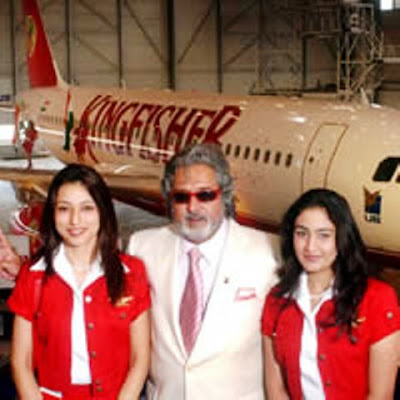 jasiaero: Mallya with Kingfisher Airlines Air Hostess Photos