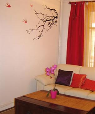 Decora y disena vinilos decorativos para la sala for Sala vinilo