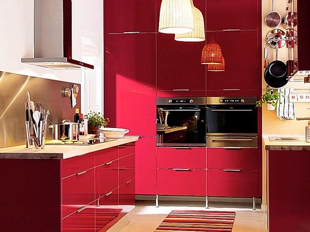 Decora y disena 5 cocinas color rojo - Cocinas de color rojo ...