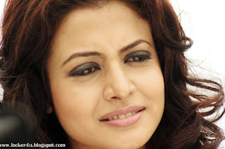 koel mullick hot in 100 love