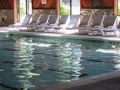 Willow 39 s cottage bonneville hot springs bonneville washington for Hood river swimming pool hours