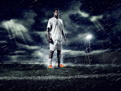 Cristiano Wallpaper on Cristiano Ronaldo Wallpaper The Rain   Cristiano Ronaldo