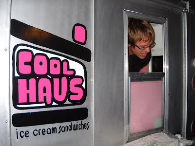 banana wonder not your granny 39 s ice cream truck cool haus los angeles. Black Bedroom Furniture Sets. Home Design Ideas