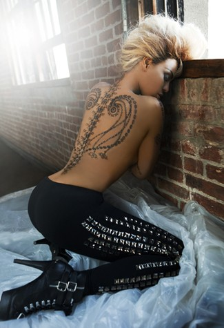 Beyoncé is now the spokesperson for temporary stick on tattoos!
