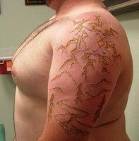 Branding, tatuagem marcada a ferro e fogo