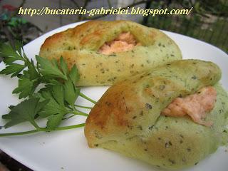 Articole culinare : Paine cu crema de somon afumat si branza