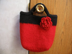 Little Tote with flower pin