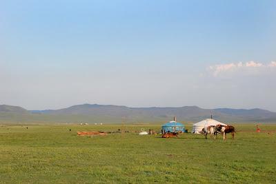 La petite yourte dans la steppe
