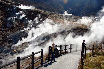 Les fumerolles à Owakudani