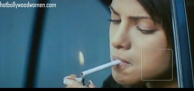 ...Behind The Beauty...: Bollywood Actresses Smokes In ...