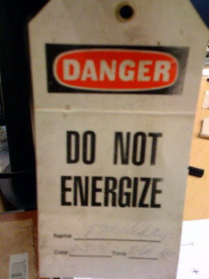 DO NOT ENERGIZE