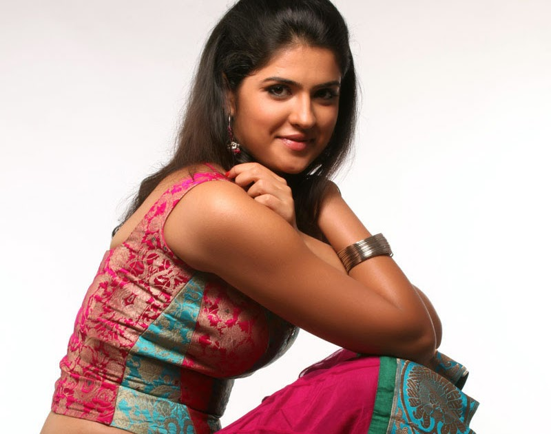 FREE WALLPAPER   SEXY WALLPAPER: Tamil Actress Gallery ... Eva Green Movies