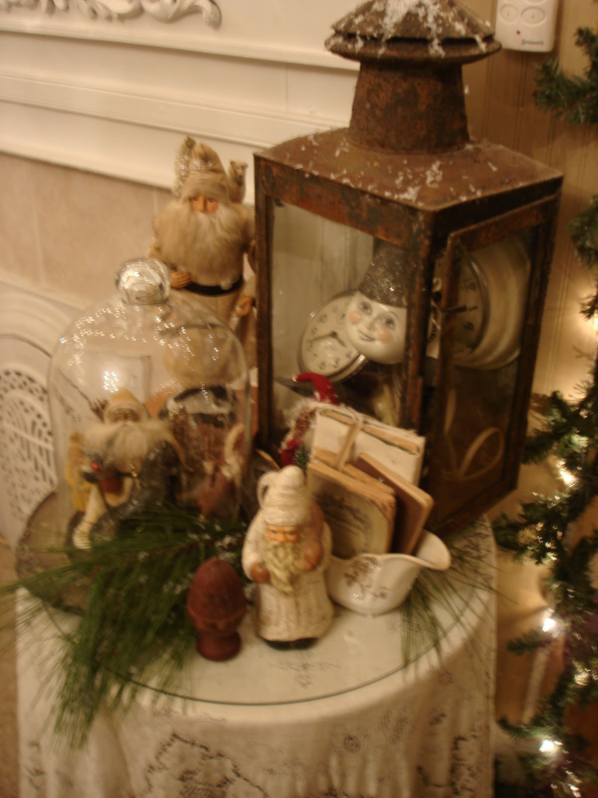 Primitive christmas christmas xmas ideas juxtapost for Decor vignette